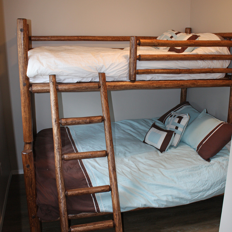 Christina Lake Bunk Bed Rental